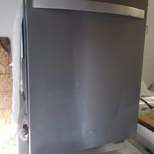 2020 Whirlpool Stainless Steel Dishwasher! for Sale in Kent, WA