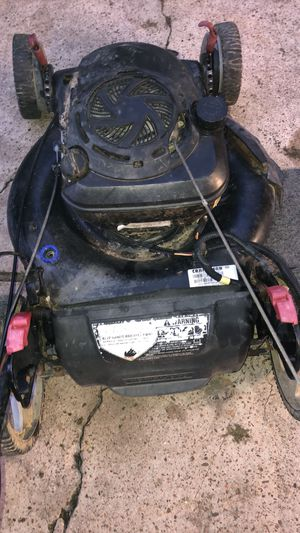 Craftsman Ez Lawn Mower for Sale in Humble, TX