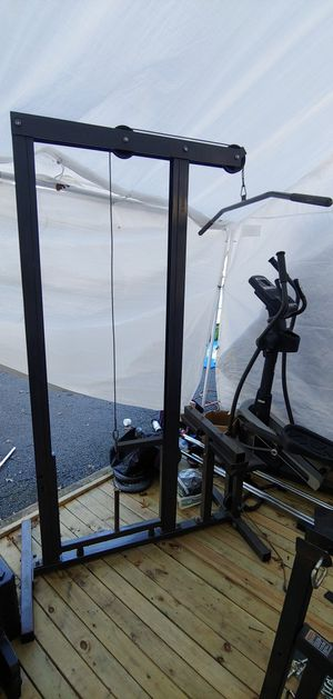 Lat Pulldown Gym Machine - Can deliver for Sale in Franklin Township, NJ