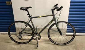 2005 GIANT FCR 2 27-SPEED ROAD BIKE. EXCELLENT CONDITION! for Sale in Miami, FL