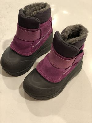North Face Toddler Snow Boots - Size Kids 6 for Sale in Atlanta, GA