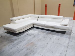 White sectional couch for Sale in Hollywood, FL