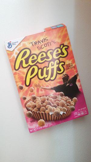 Travis scott 's Reese's Puffs for Sale in West Palm Beach, FL