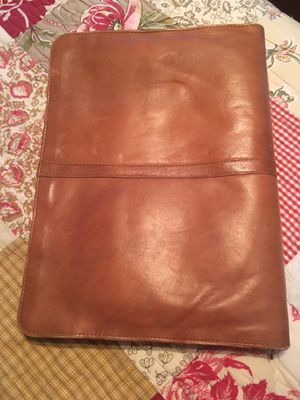 Gorgeous brown leather attaché briefcase for Sale in Tamarac, FL