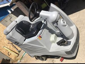 Adgressor floor scrubber for Sale in Wilmington, CA