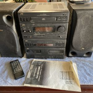 JVC Stereo Fm/am And Speakers 🔊 Work Great CD NOT Working for Sale in Visalia, CA