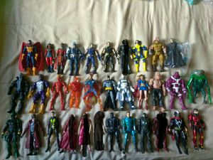 Marvel Legends /DC Collectibles Action Figures for Sale in Watsonville, CA