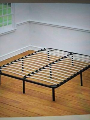 Queen size Plataform bed bed frame for Sale in Mount Rainier, MD