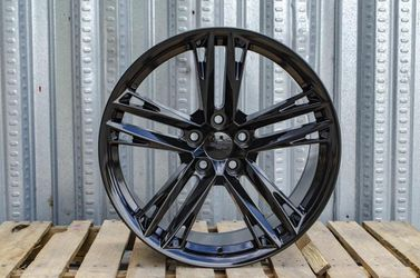 """Camaro 20"""" New Zl1 Style Rims Tires Set for Sale in Hayward,  CA"""