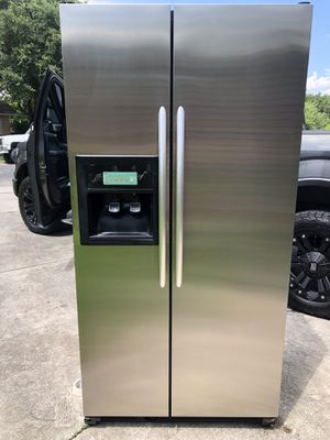 Kitchenaid Side by Side Stainless Steel Refrigerator for Sale in San Antonio, TX