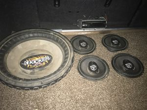Car speakers and sub for Sale in Fresno, CA