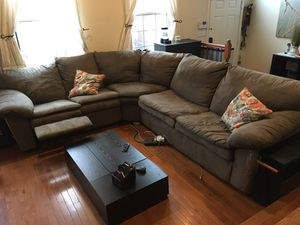 Sectional Couch with Recliner & Pullout Couch for Sale in Fairfax, VA