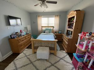 Twin size bedroom set for Sale in North Riverside, IL