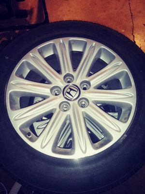 2008 Honda Touring Rims with tires for Sale in Portland, OR