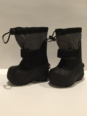 Columbia Toddler Snow Rain Boot Size 5 Black Gray Easy Close for Sale in Horseshoe Beach, FL
