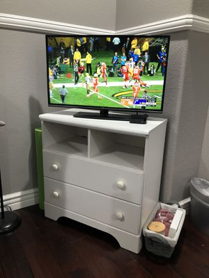 White TV Stand for Sale in Chino, CA