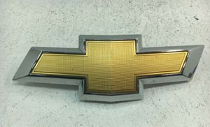 Genuine OEM 2012 Chevy Mailibu Front Grille Emblem for Sale in Morrow, GA