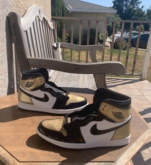 Air Jordan 1 gold toe size 11 for Sale in Fremont, CA
