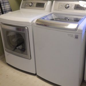 LG Luxury Washer And Dryer for Sale in Concord, CA