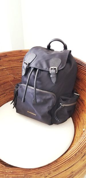 Burberry back pack for Sale in Miami, FL
