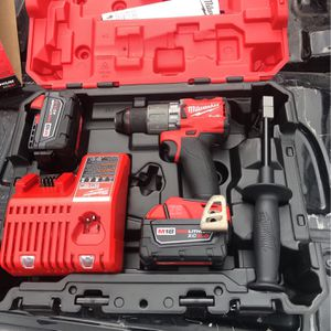 Milwaukee Brushless 1/2 Hammer Drill Driver Kit for Sale in Pasadena, TX