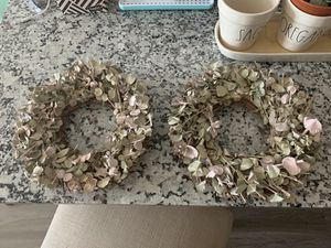 Set of 2 wreaths for Sale in Midland, TX