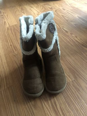 Nice boots size 12 😊kids The brand is Michael .kors for Sale in Glendale Heights, IL