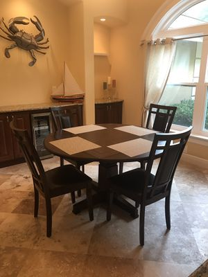 Dining table with 4 chairs for Sale in Tarpon Springs, FL