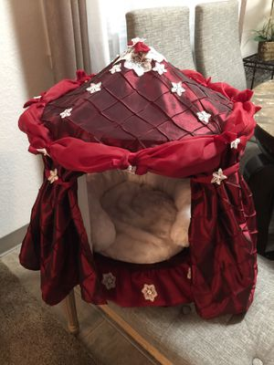 Small Dog House for Sale in Kirkland, WA