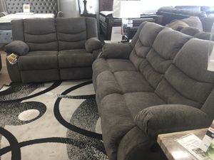Fabric reclining sofa and loveseat for Sale in Elgin, IL