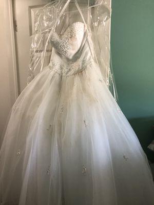 Mori lee wedding dress for Sale in Wonder Lake, IL