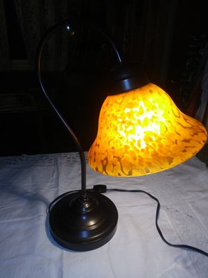 Beautiful Stained Glass Table/Desk Lamp for Sale in Everett, WA