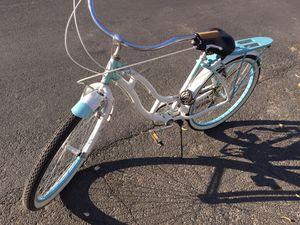 Schwinn poinbeach womens cruiser bike 7 speed for Sale in Modesto, CA