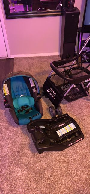 Car seat and stroller for Sale in Harlingen, TX