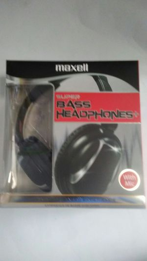 Extra bass headphones and very loud with mic for Sale in Falls Church, VA