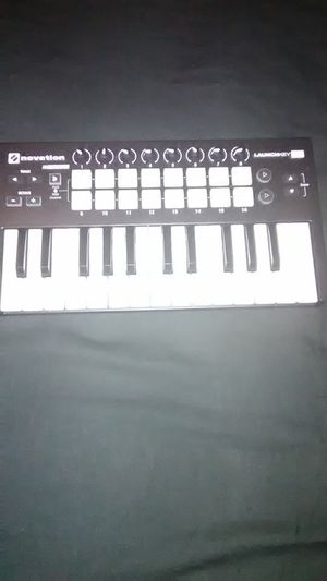 Novation launchkey mk2 midi controller for Sale in Saint Petersburg, FL