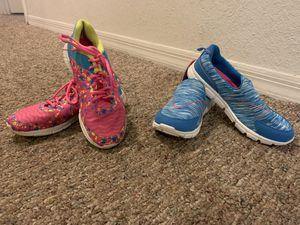 Girls Sneakers Size 5 for Sale in Winter Garden, FL