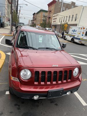 Jeep Patriot 2012 ( clean title) ( 120,000 milles for Sale in Jersey City, NJ