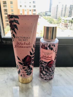 Victoria's Secret Set 2 pieces Fragrance Lotion plus Fragrance Mist !! Victoria's Secret Set Dos ítems Una Fragrance en crema perfumada más una loció for Sale in Fort Lauderdale, FL