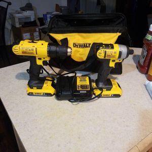 20 V Dewalt Drill And Impact Combo for Sale in Modesto, CA
