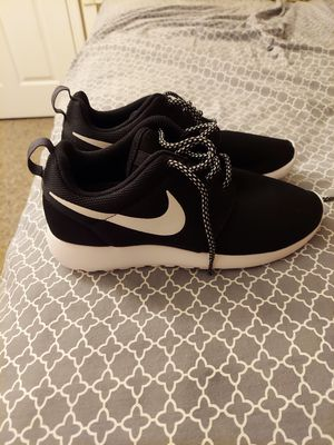 New 7.5 Nike for Sale in Orlando, FL