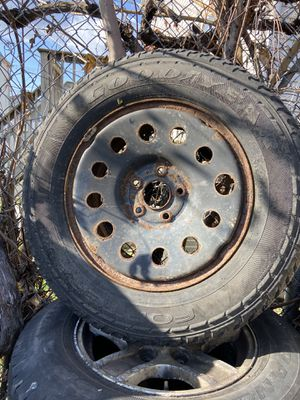 Like New Tire for Sale in Staten Island, NY