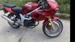 Suzuki motorcycle 2001 SVS650 for Sale in Bensenville, IL
