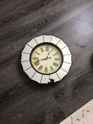 (Shattered) Mirror wall clock for Sale in Philadelphia, PA