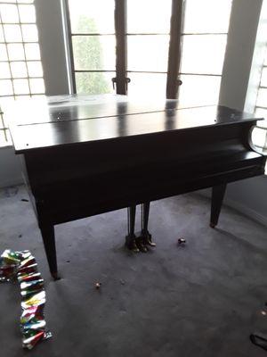 Baby Grand piano for Sale in Detroit, MI