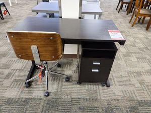 Brown desk for Sale in Phoenix, AZ