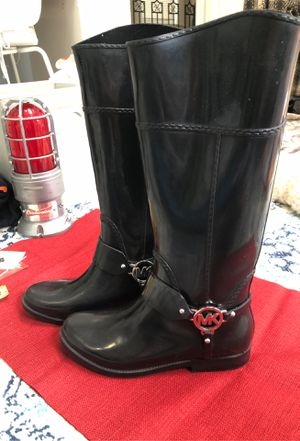 Michael kors black rain boots for Sale in Chicago, IL
