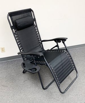 New in box $35 each Adjustable Zero Gravity Lounge Chair Recliner for Patio Pool w/ Cup Holder (2 Colors) for Sale in Pico Rivera, CA