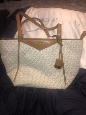 Authentic Michael Kors medium tote bag for Sale in Compton, CA
