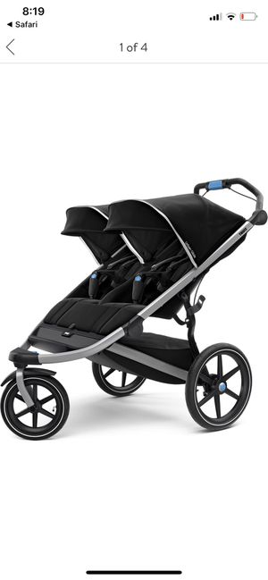 Thule Double Stroller for Sale in Elmhurst, IL